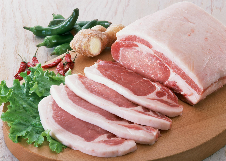 Украина останется без сала? В Незалежной упало производство свинины